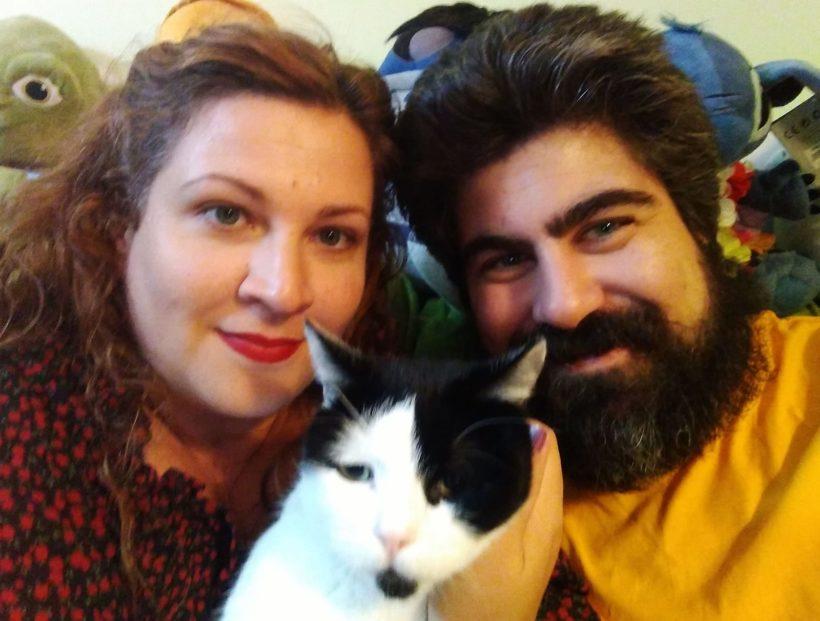 Obe, nuestro gordito, feliz con su familia
