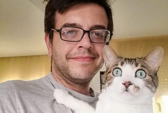 Experiencias de adoptantes. Alfonso: «De querer 'solo' un animal a querer ayudar y salvar una vida»