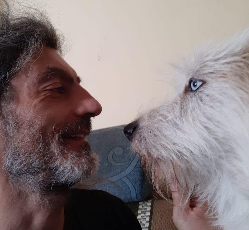 Experiencias de adoptantes. Nicolás: «Adoptar conlleva ilusión, paciencia y cariño en grandes cantidades»